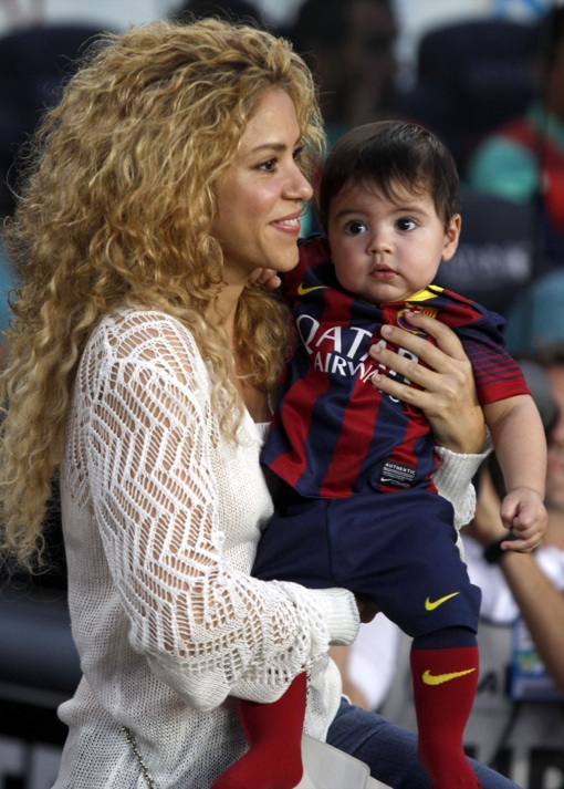 Shakira Takes Her Son To Football Match in Barcelona