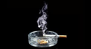 Cigarette_Ashtray_12047448-620x340