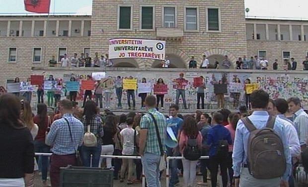 studentet ne proteste