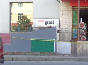 ante-grand