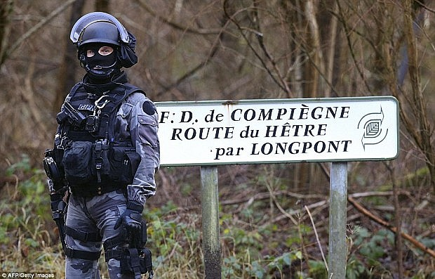 forca-policie-franceze2