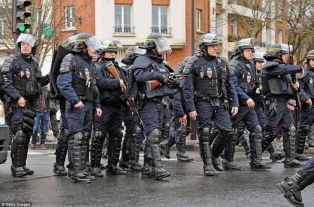 policia-franceze