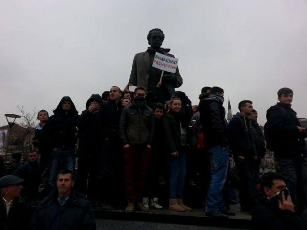 Edhe Ibrahim Rugova kërkon shkarkimin e Jabllanoviçit